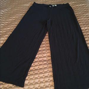VGC Jockey black modal petite short pants large